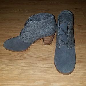 Tom's Lunata Shoe